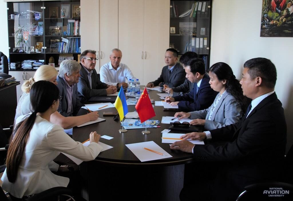 Офіційна делегація міста Чжучжи відвідала НАУ