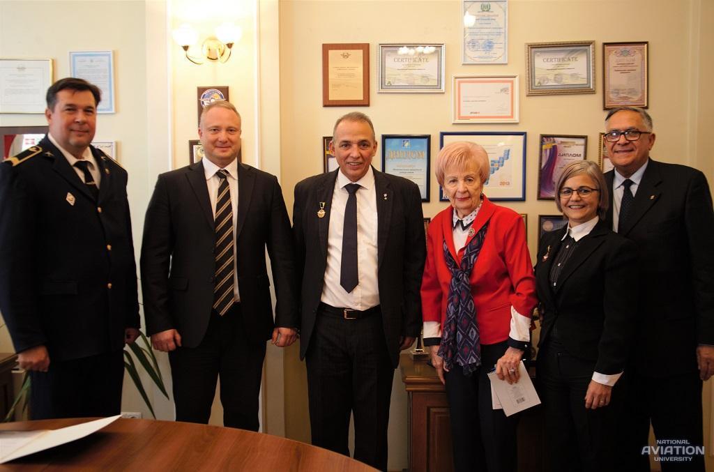Візит делегації з Республіки Куба